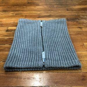 lululemon athletica Accessories - Lululemon cowl scarf